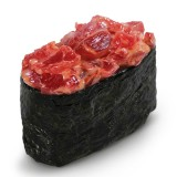 Суши Гункан острый с тунцом